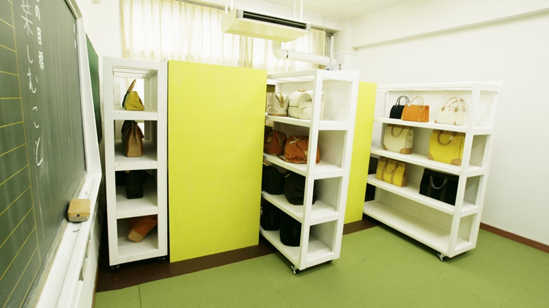 ハルノデザイン-大容量収納型オフィス
